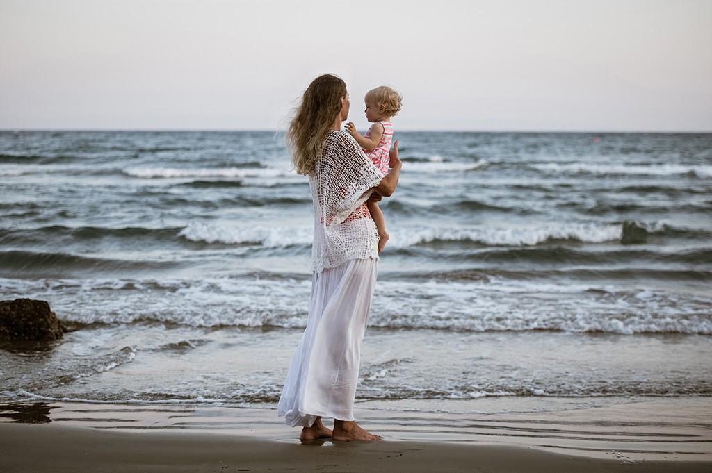 family photographer in cyprus, larnaca photographer, kids photography cyprus